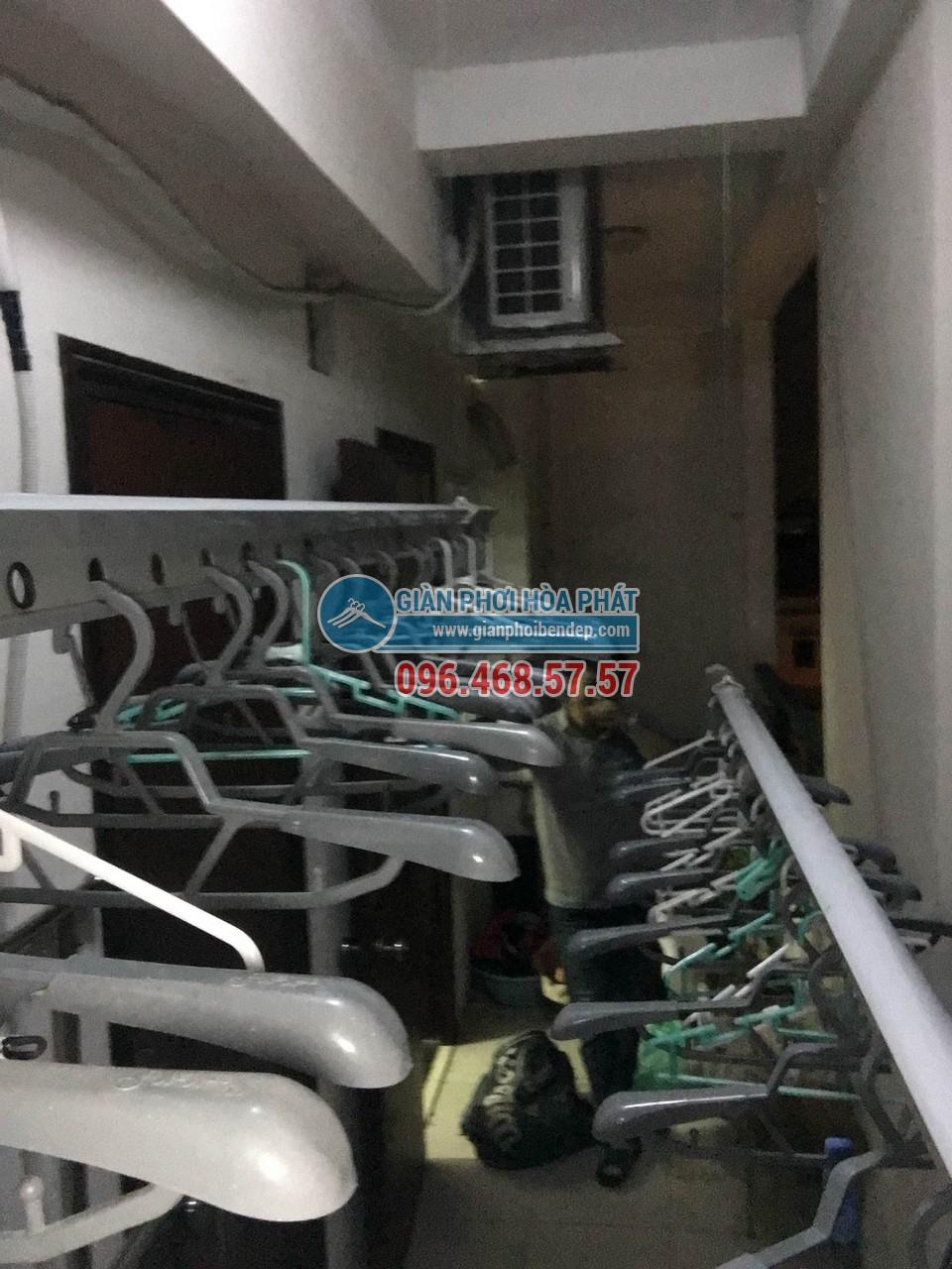 Hình ảnh thực tế của giàn phơi thông minh tại bạn công nhỏ hẹp nhà chị Lan 04