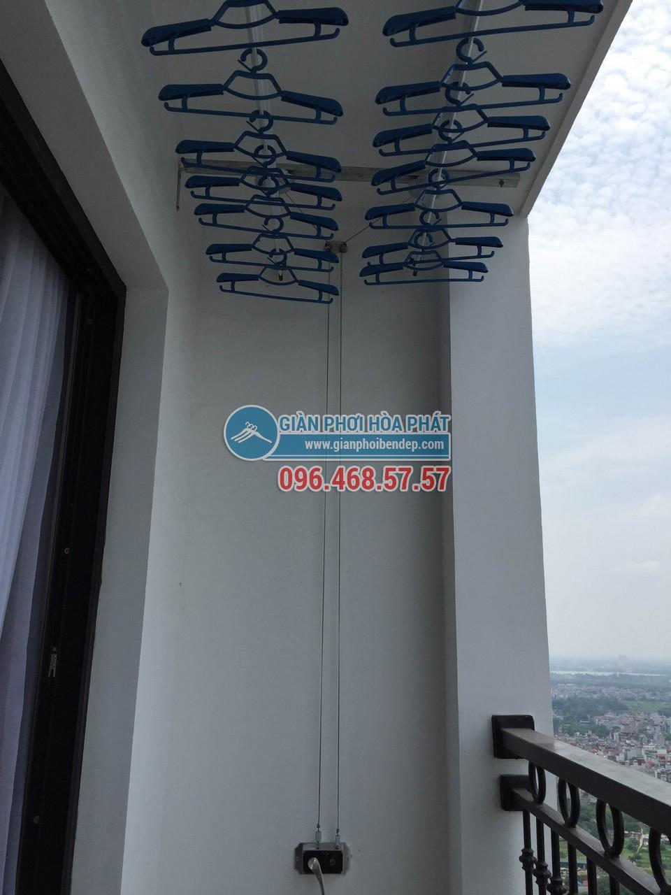 Hình ảnh thực tế lắp đặt giàn phơi thông minh Hòa Phát Star HP-888B - 02