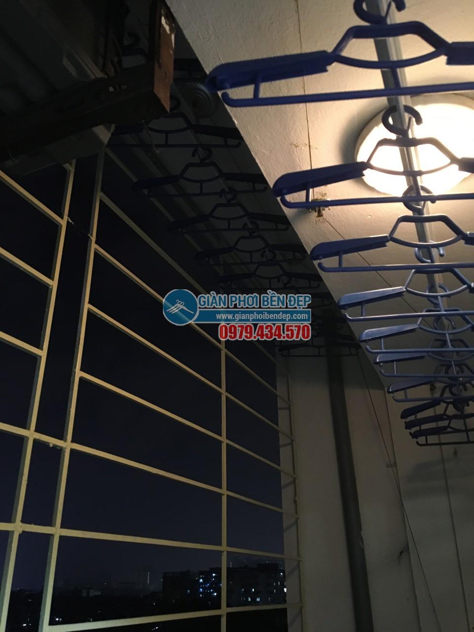 Hoàn thiện lắp đặt giàn phơi thông minh nhà cô Liên, chung cư CT5 Định Công - 04