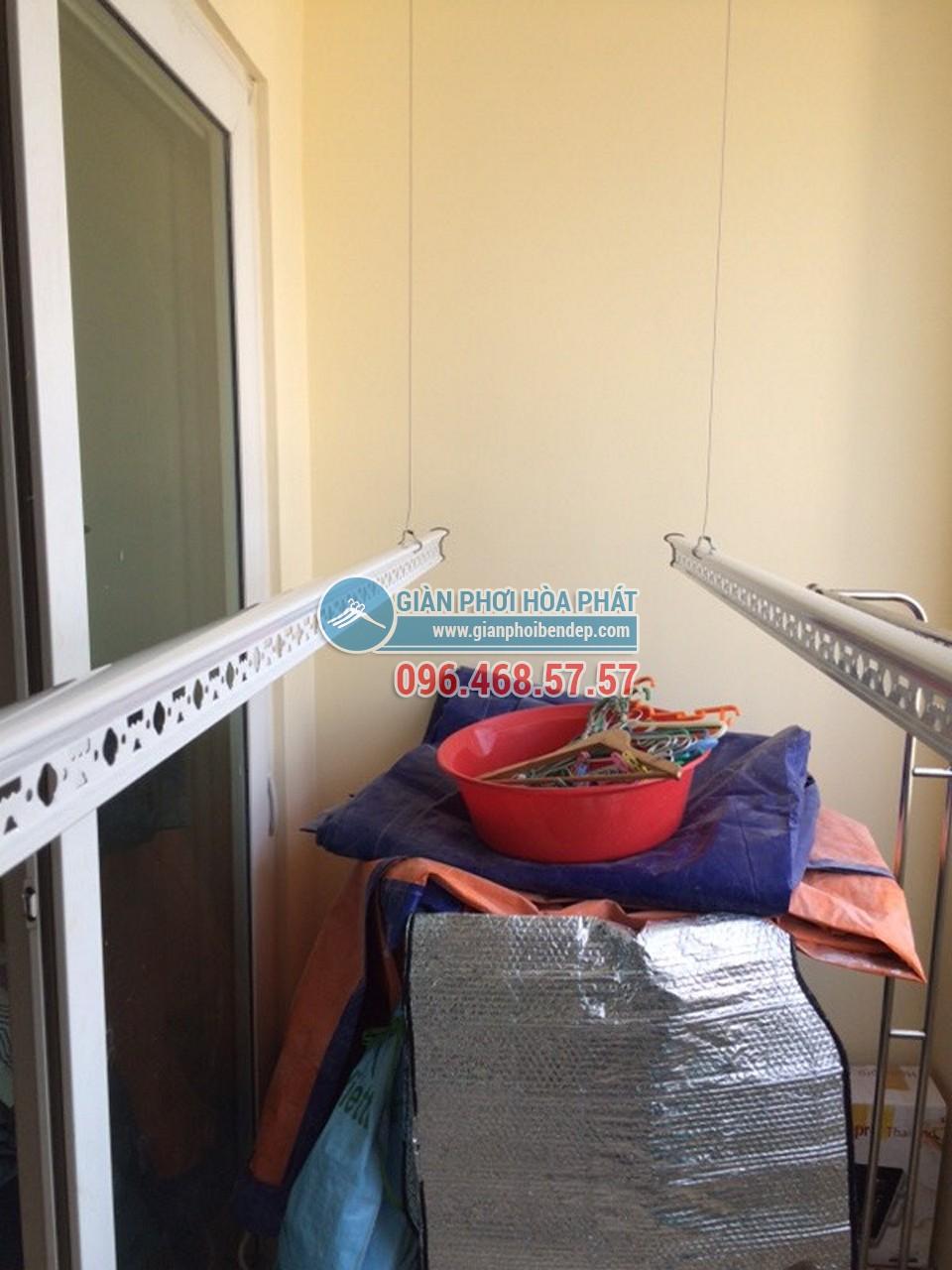 Lắp đặt giàn phơi thông minh cho ban công chặt hẹp nhà chị Chi, Trung Kính - 06