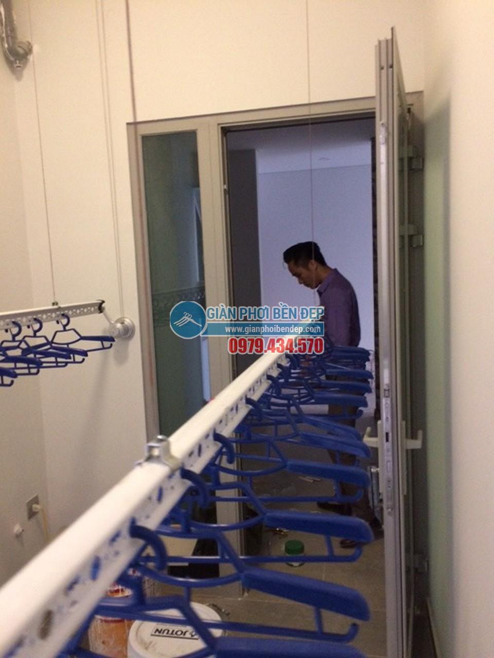 Lắp đặt giàn phơi thông minh tại lô gia nhà chị Hòa, Taseco Complex Ngoại Giao Đoàn