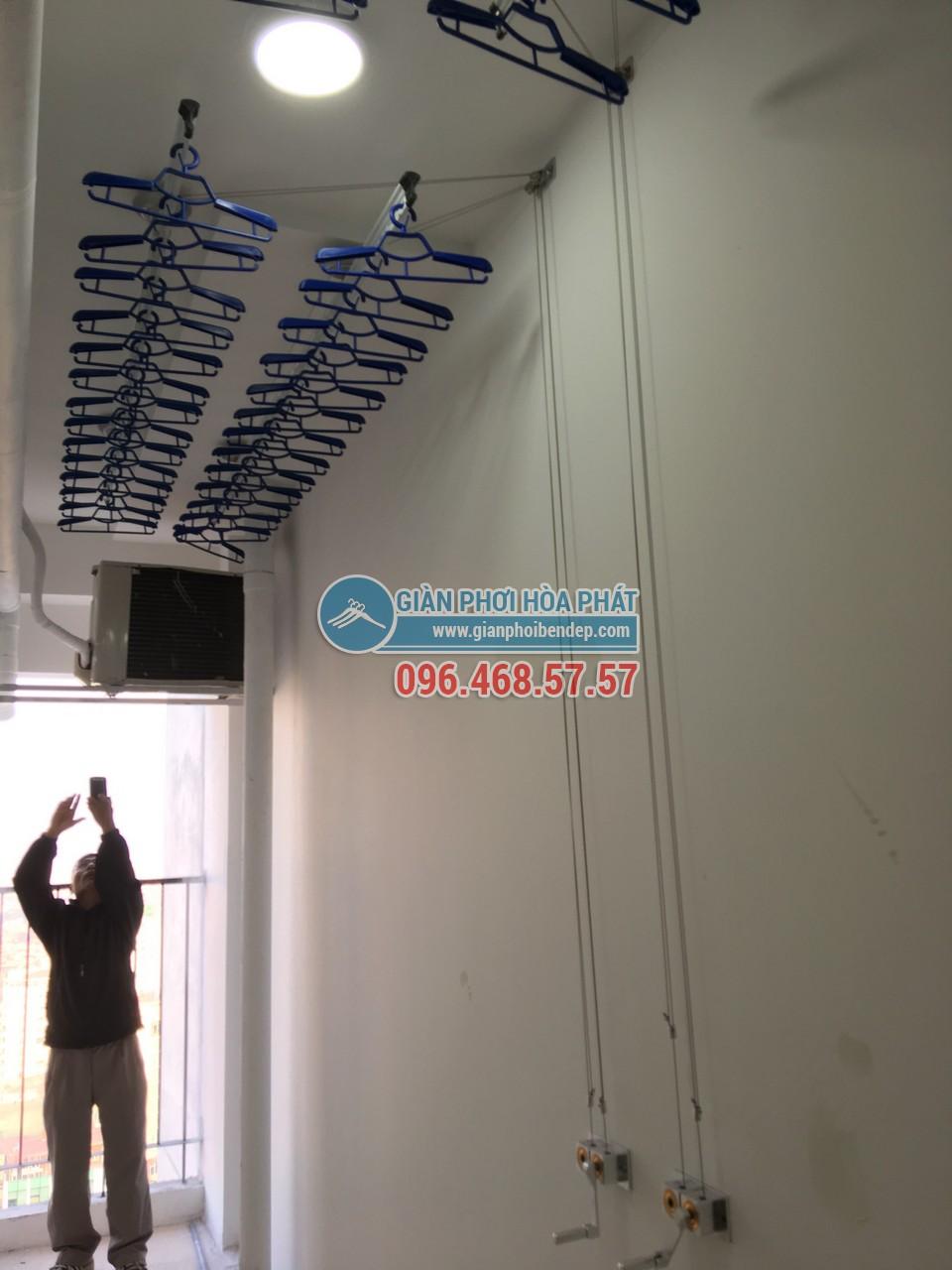 Hoàn thiện lắp đặt giàn phơi thông minh tại lô gia nhà chú Hưng, Golden West - 04