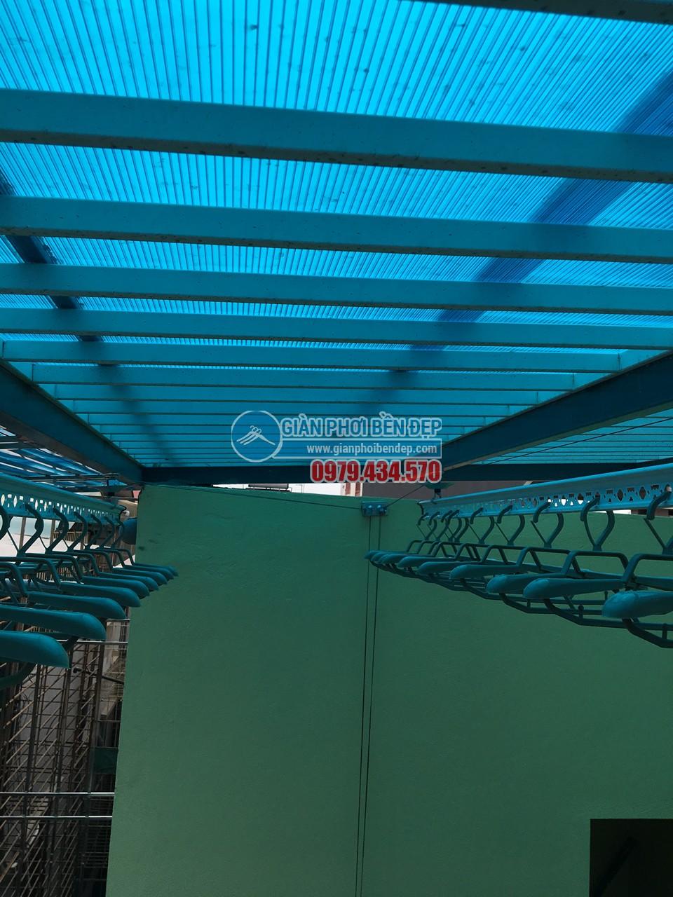 Loạt ảnh cận cảnh về sự thay đổi của sân phơi với giàn phơi thông minh nhà chị Mai, KĐT Mỗ Lao - 04