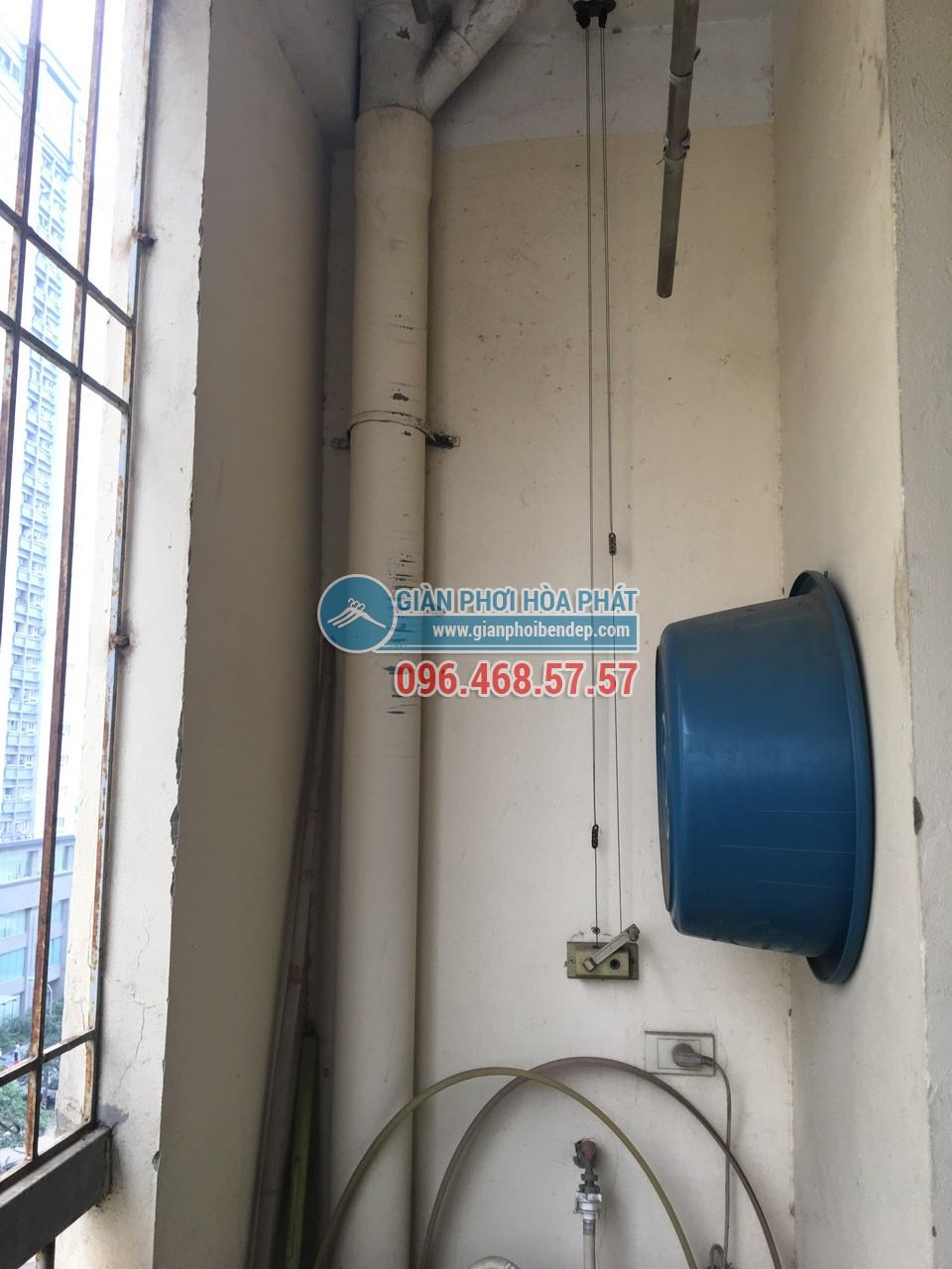 Thay dây cáp cho giàn phơi thông minh nhà chị Hường, P805, Tòa CT4-5, KĐT Yên Hòa - 04