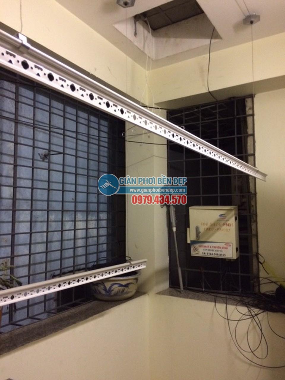 Tiết kiệm không gian nhờ lắp đặt giàn phơi thông minh như nhà chị Huệ, Nguyễn Khang - 04