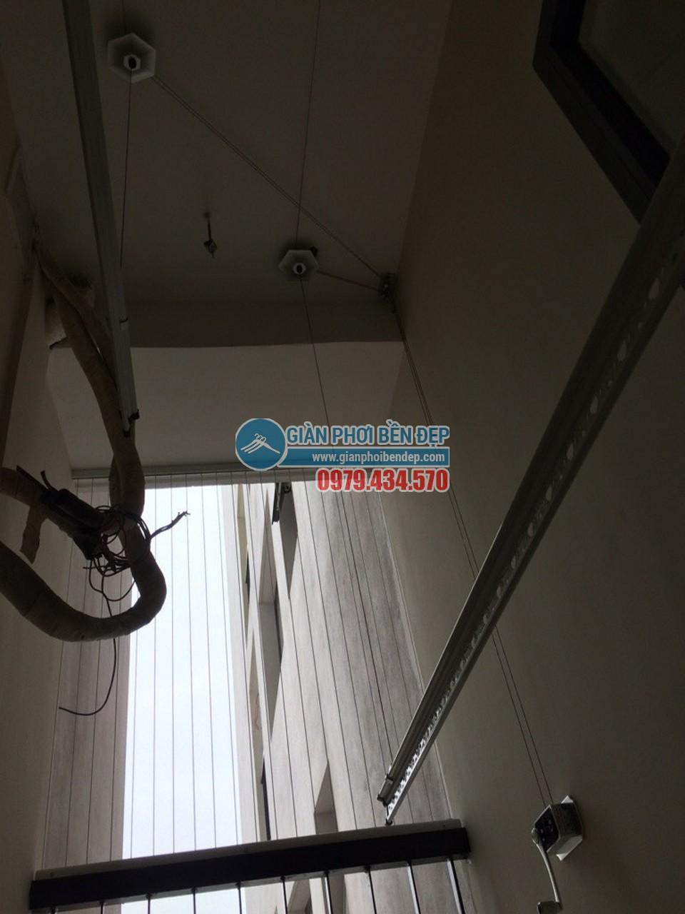 Hoàn thiện lắp đặt giàn phơi thông minh nhà chị Tâm, chung cư 75 Tam Trinh - 06