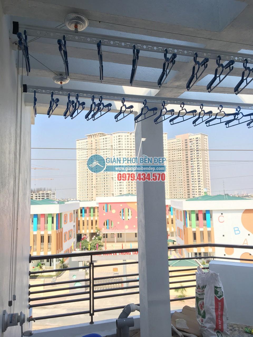 Ngó không gian phơi đẹp hiện đại với giàn phơi thông minh nhà chị Đào, Hà Đông - 06