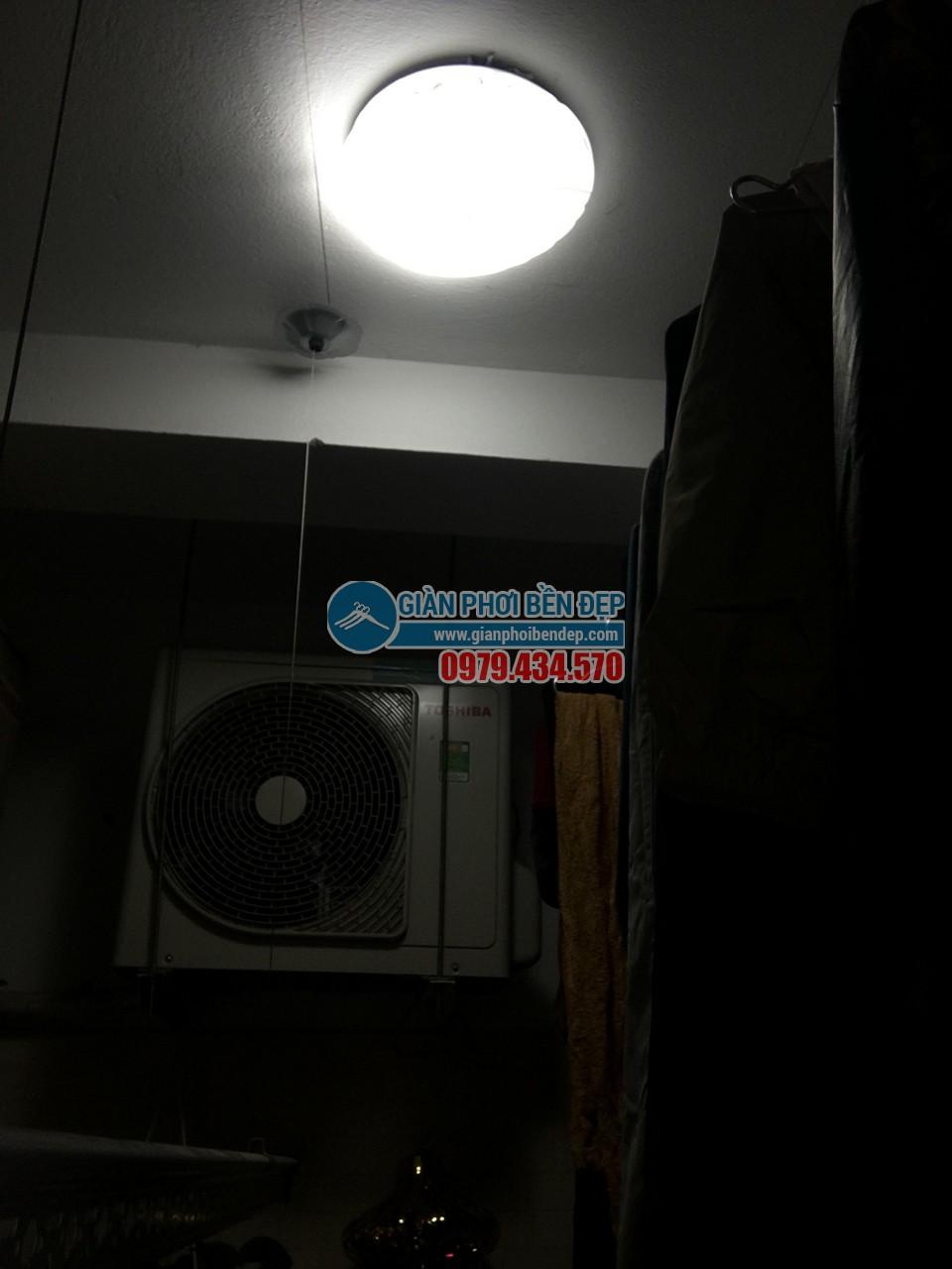 Sửa giàn phơi thông minh bị đứt dây cáp nhà cô Nhã, chung cư CT12 Kim Văn, Kim Lũ - 06