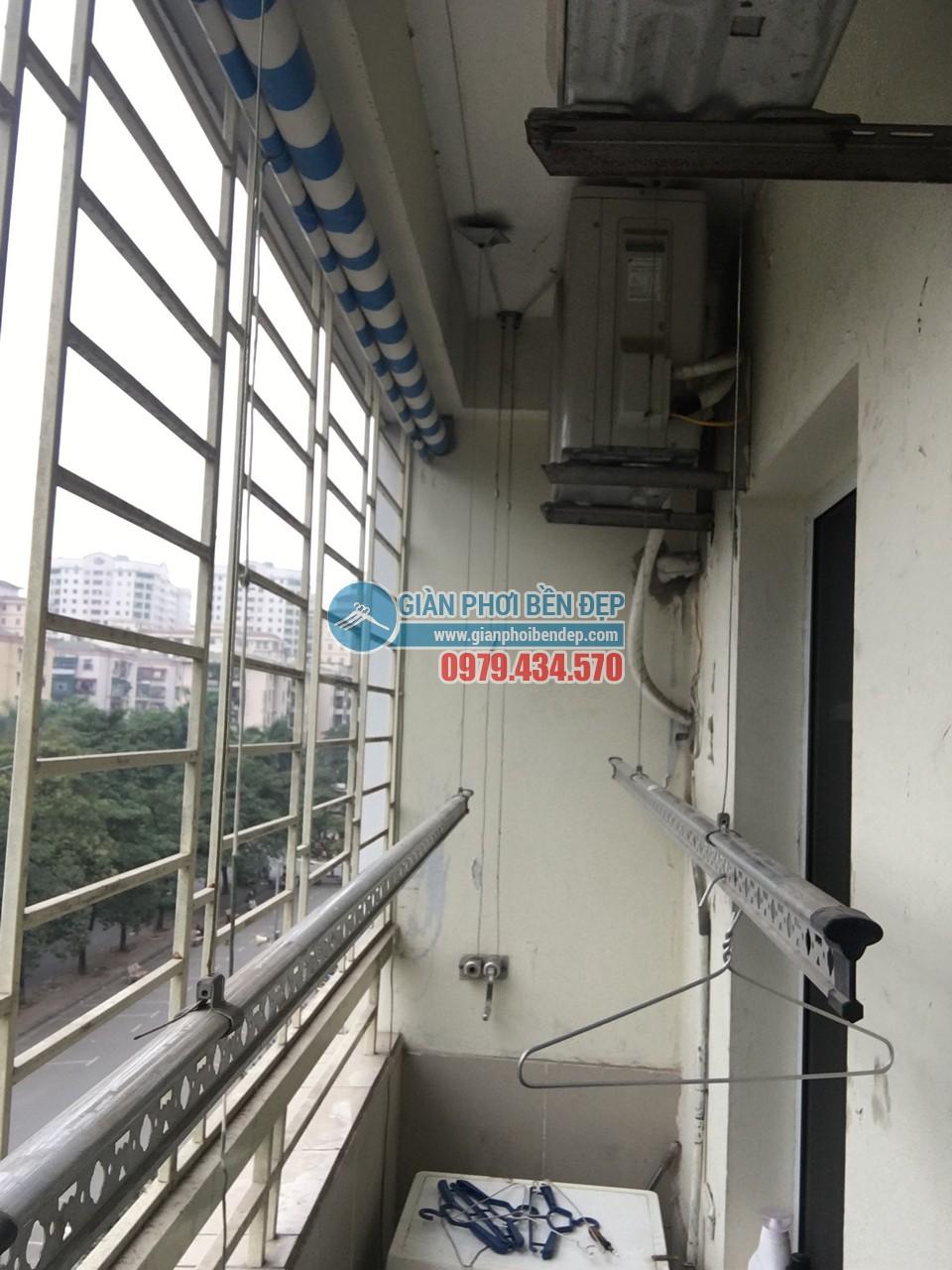 Sửa giàn phơi thông minh nhà cô Tâm bị đứt dây cáp, tòa CT3A Trung Hòa