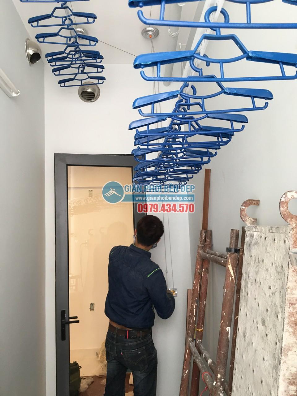 Hoàn thiện lắp đặt giàn phơi thông minh tại lô gia nhà chị Hương, Gamuda - 06