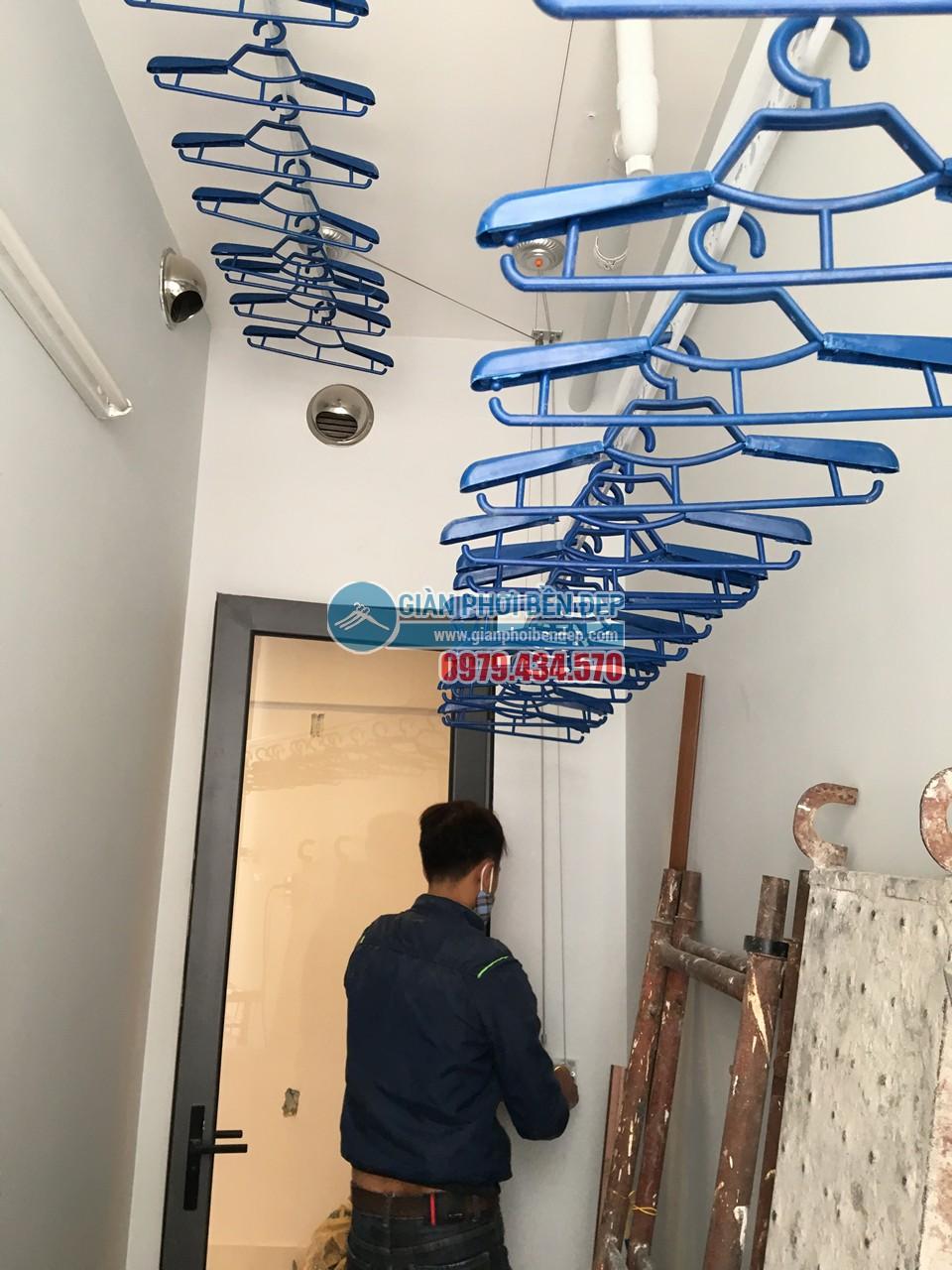 Hoàn thiện lắp đặt giàn phơi thông minh tại lô gia nhà chị Hương, Gamuda - 04