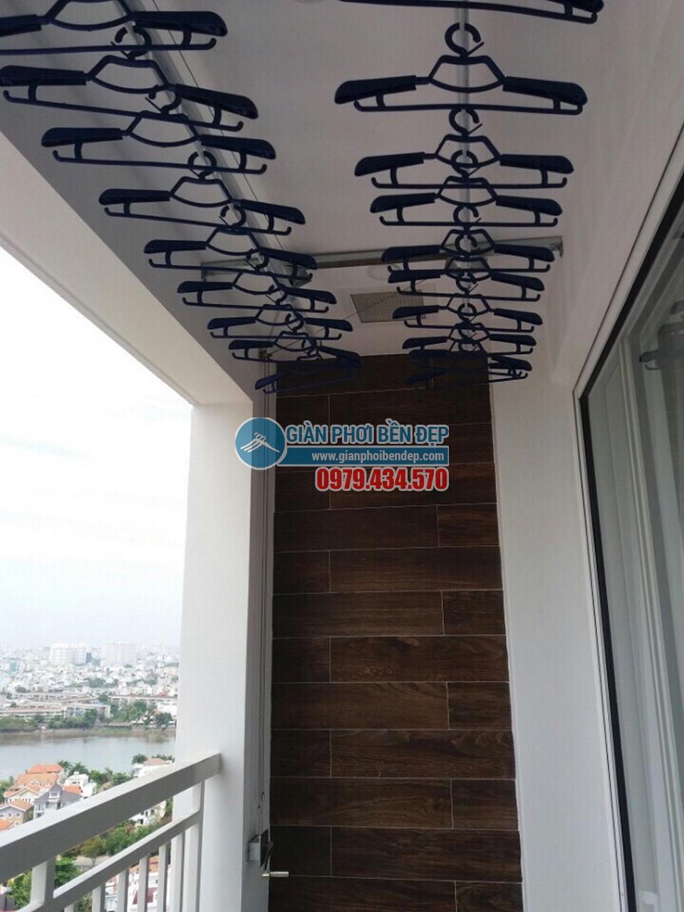 Lắp đặt giàn phơi thông minh nhà anh chị Lan, Tropic Garden Thảo Điền
