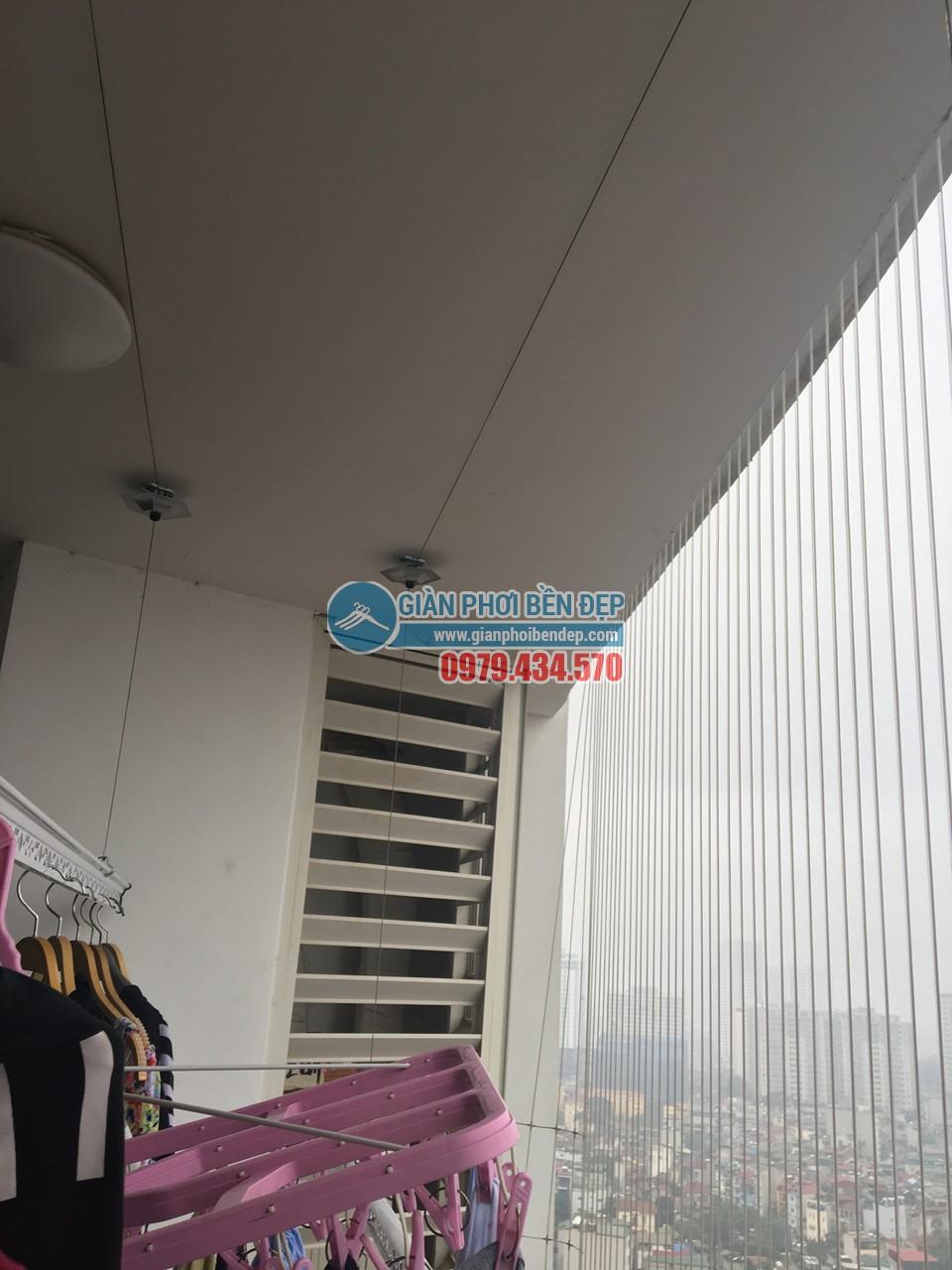 Lắp đặt giàn phơi đồ thông minh, hiện đại nhà chị Hiền, Royal City - 04