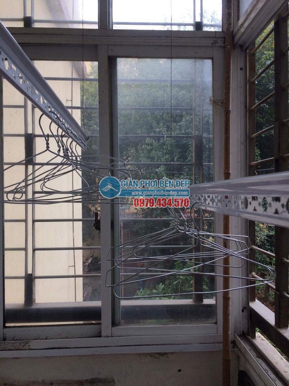Lắp đặt giàn phơi thông minh nhà chị Minh, Tân Xuân - Xuân Đỉnh - 04
