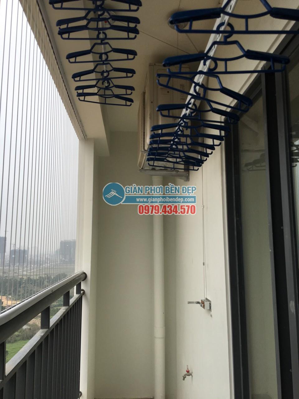 Lắp đặt giàn phơi thông minh tại ban công nhà chị Hiền, Ecolife Tây Hồ - 05