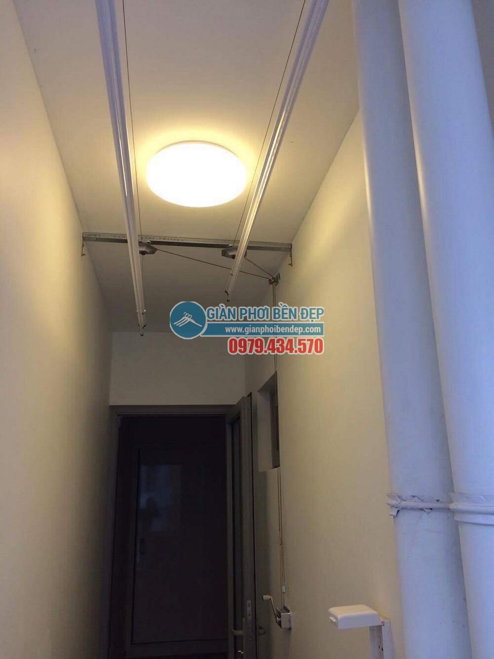 Lắp đặt giàn phơi thông minh tại lô gia nhà chị Thảo, Park 6, Park Hill