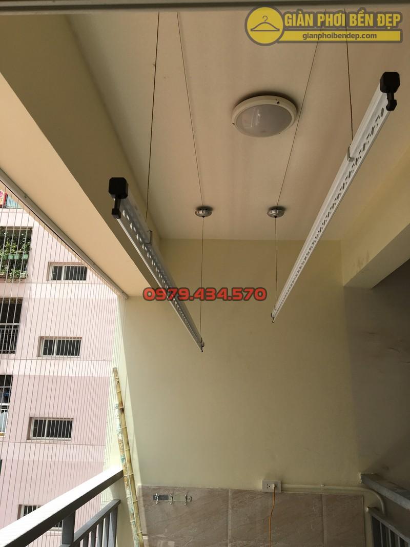 Lắp giàn phơi kết hợp lưới an toàn ban công nhà anh Hoàng KĐT Làng Quốc Tế Thăng Long-08