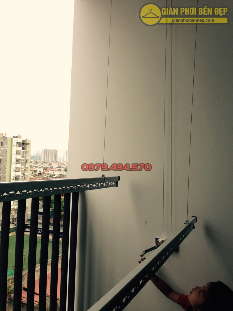Lắp đặt giàn phơi nhà anh Hà chung cư Five Star - số 2 Kim Giang-05