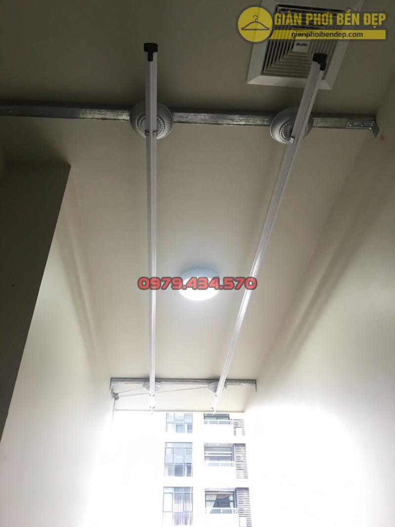 Lắp giàn phơi cho trần thạch cao nhà anh Phong chung cư Tràng An Complex-10