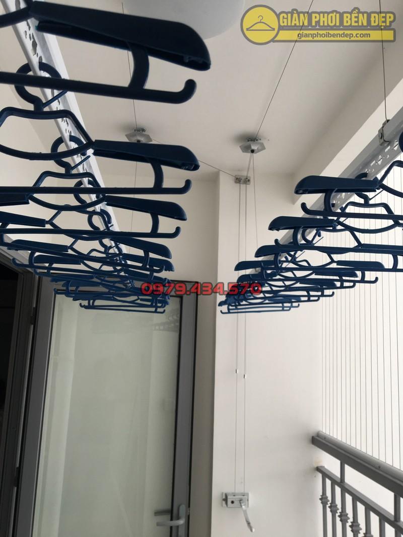 Lưới an toàn ban công kết hợp giàn phơi thông minh chung cư Park 8 -04