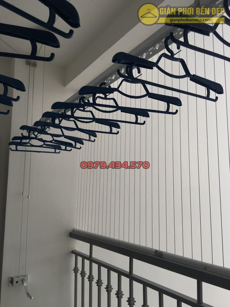 Lưới an toàn ban công kết hợp giàn phơi thông minh chung cư Park 8 -06