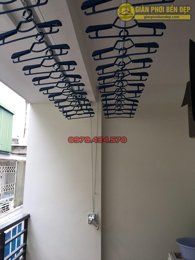 Hình ảnh thực tế về bộ giàn phơi thông nhập khẩu Singapore cao cấp nhà chị Trang