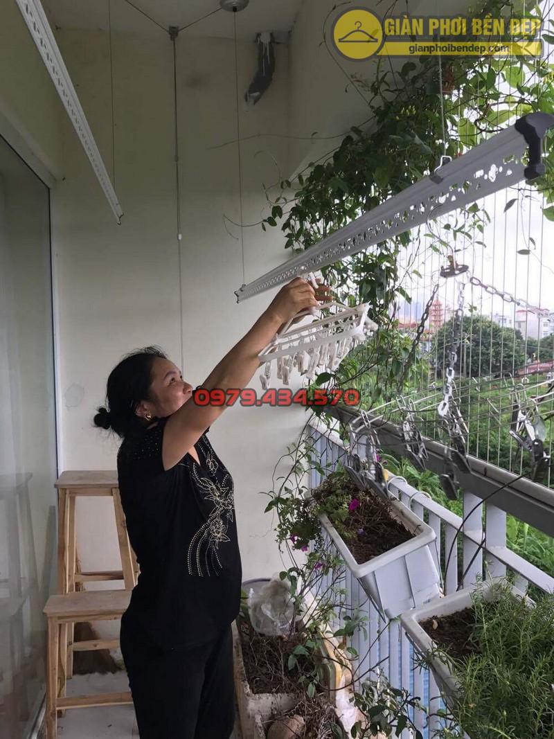 Lắp giàn phơi KS950 nhà cô Thúy chung cư viện 103, Hà Đông-01