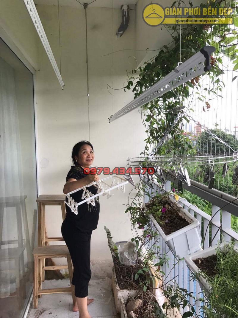 Lắp giàn phơi KS950 nhà cô Thúy chung cư viện 103, Hà Đông-08