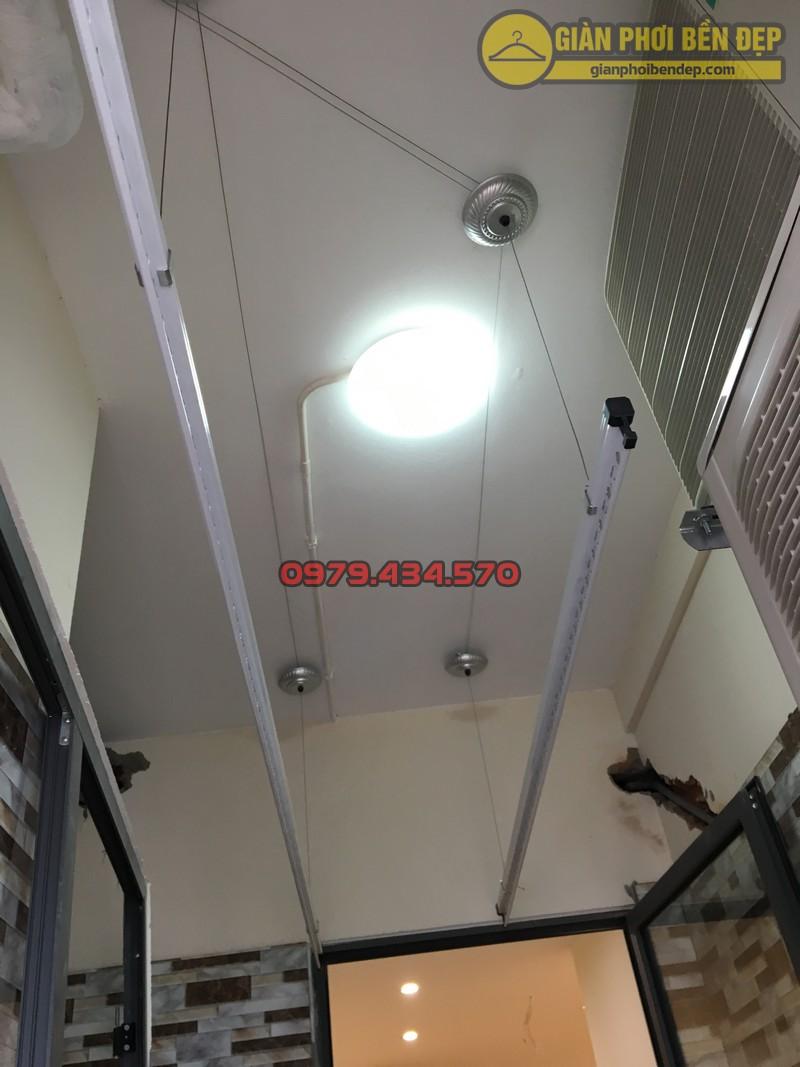 Lắp giàn phơi thông minh tại lô gia nhà anh Hưng tòa V2 chung cư Home City-05