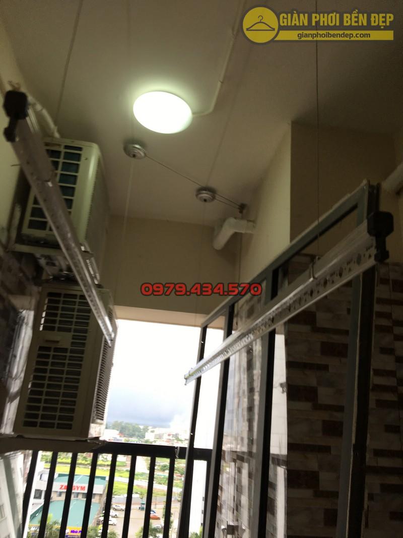 Lắp giàn phơi thông minh tại lô gia nhà anh Hưng tòa V2 chung cư Home City-07