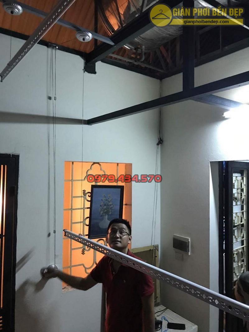 Lắp giàn phơi cho trần mái tôn nhà anh Hiển tại Thái Phiên, Lê Đại Hành-01