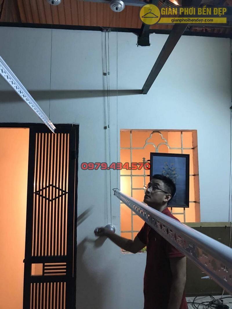 Lắp giàn phơi cho trần mái tôn nhà anh Hiển tại Thái Phiên, Lê Đại Hành-02