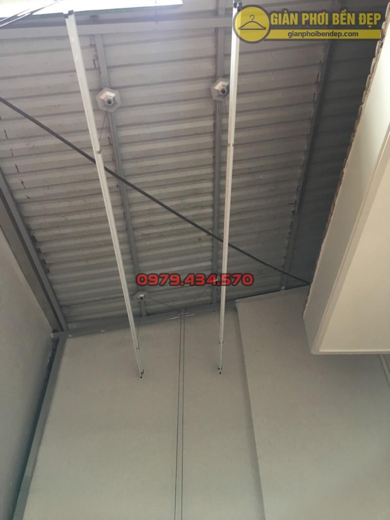 Lắp giàn phơi cho trần mái tôn nhà chị Linh ngách 81/2 Lạc Long Quân-08
