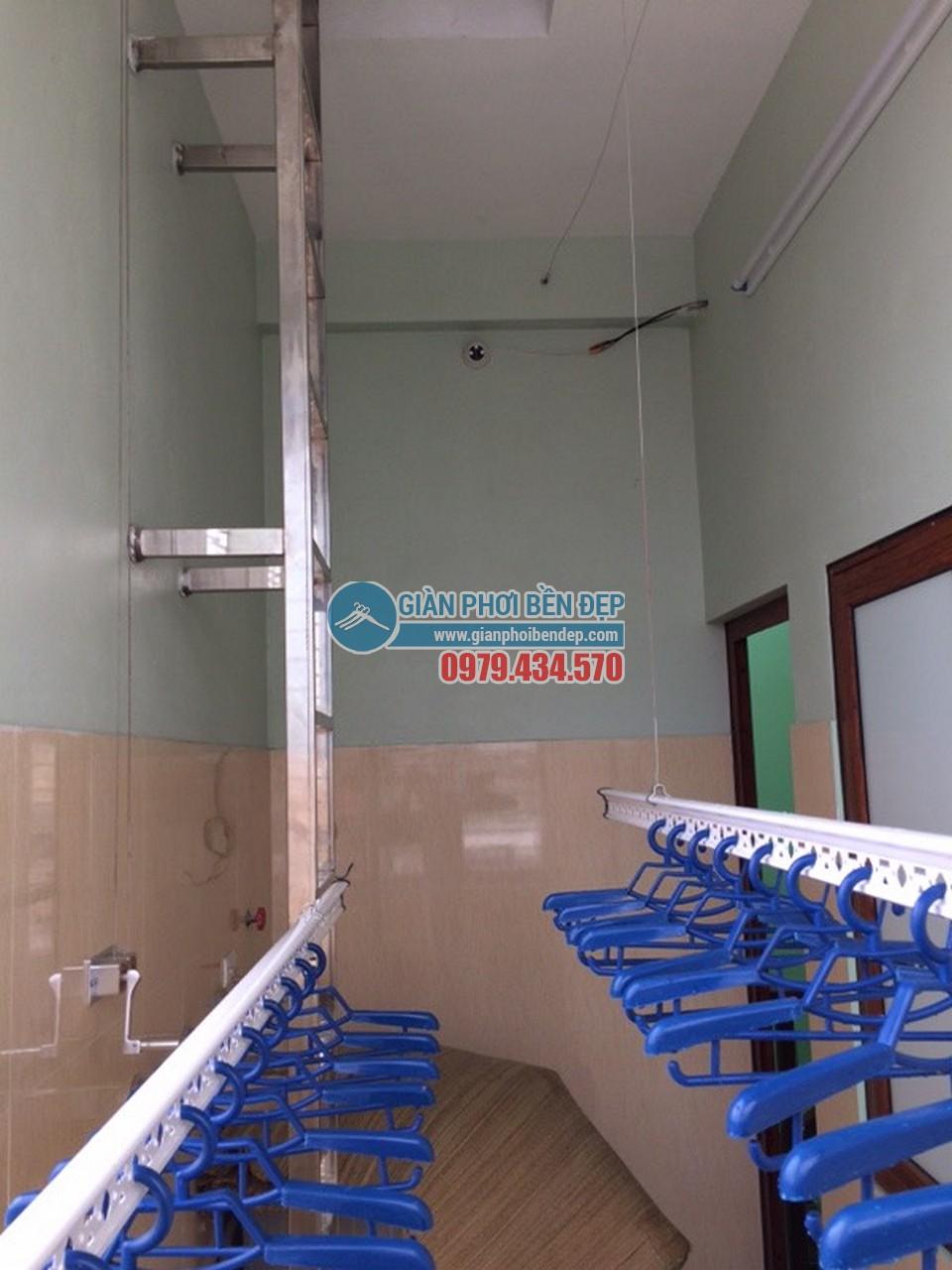 Hình ảnh thực tế bộ giàn phơi Hòa Phát 999B nhà chú Trình