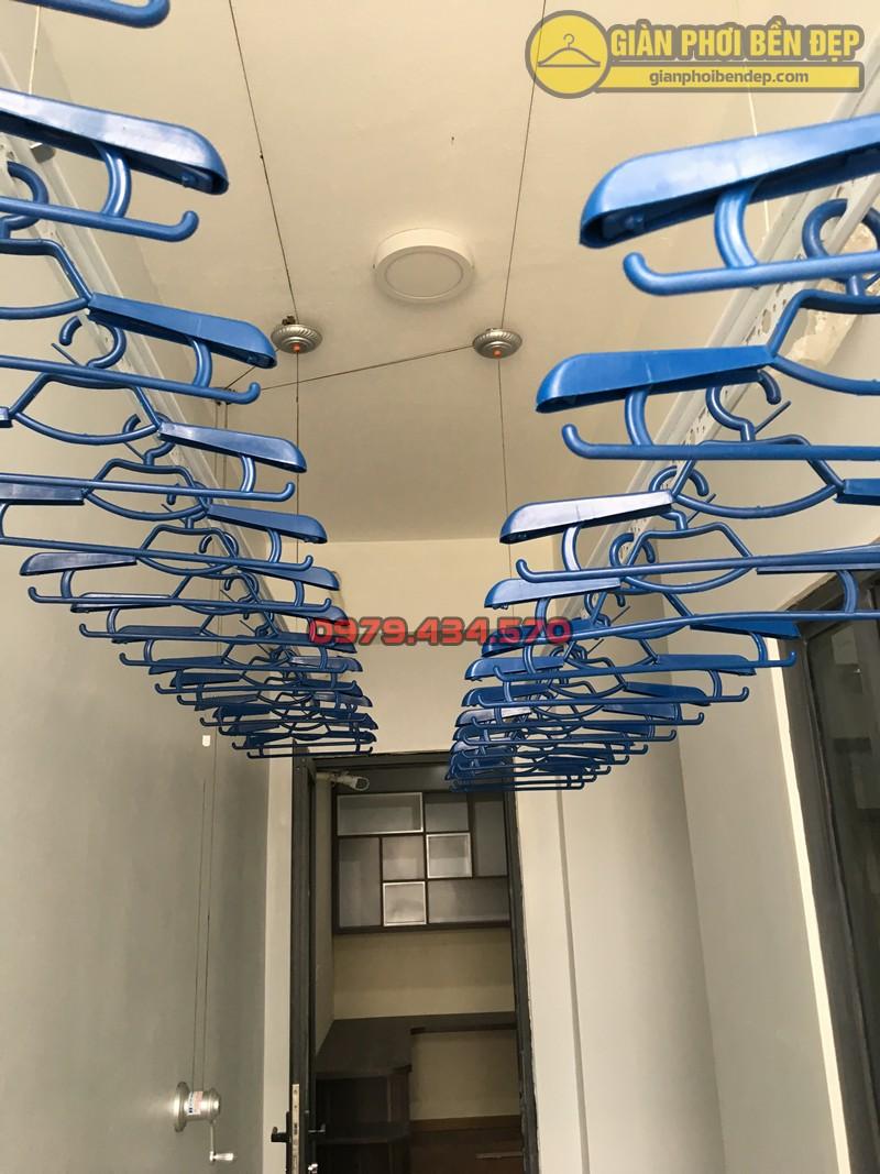 Lắp bộ giàn phơi Hòa Phát Star cao cấp nhà cô Phương, chung cư Tràng An Complex