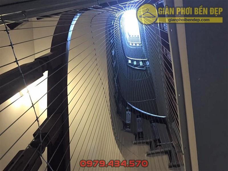 Làm lưới an toàn cầu thang cho nhà chị Hạnh ở ngõ 200 Hồ Tùng MậuLàm lưới an toàn cầu thang cho nhà chị Hạnh ở ngõ 200 Hồ Tùng Mậu