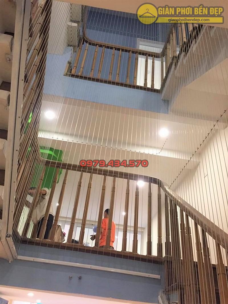 Lưới an toàn cầu thang trường mầm non Sao Mai ở Long Biên