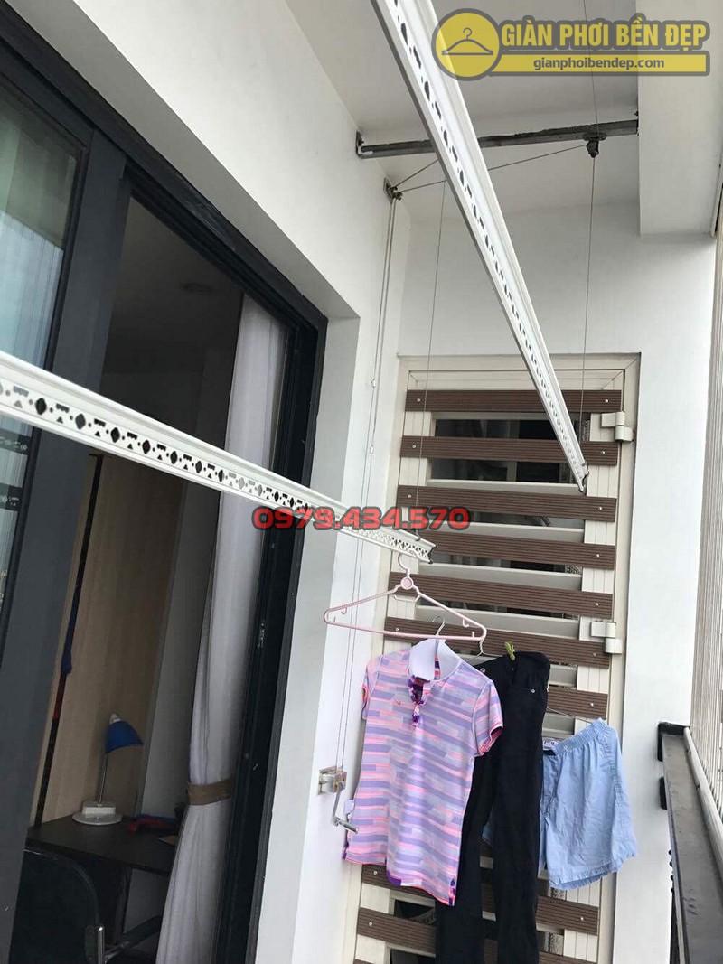Thay tay quay mới cho bộ giàn phơi nhập khẩu Singapore nhà chi Lảnh, 536A Minh Khai