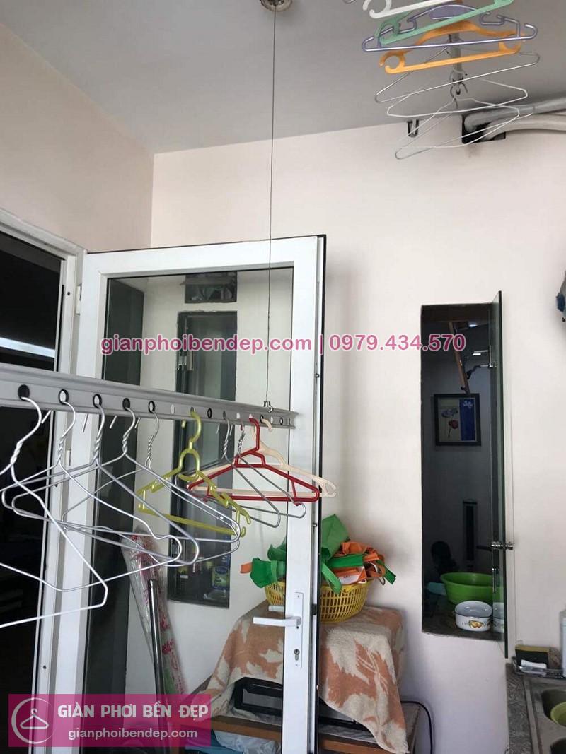 Bộ giàn phơi quần áo thông minh nhà chị Mai sau khi sửa chữa