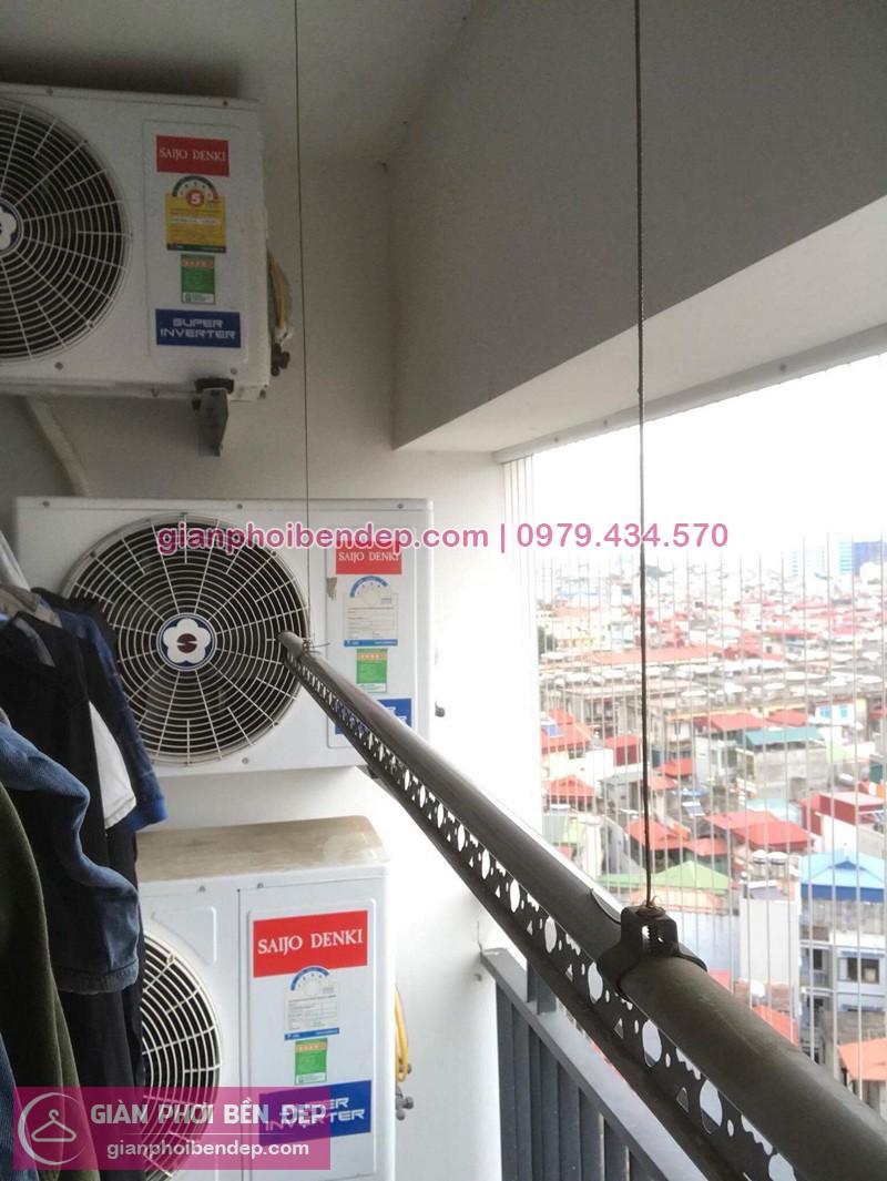 Hình ảnh thực tế bộ giàn phơi quần áo nhà chị Dinh