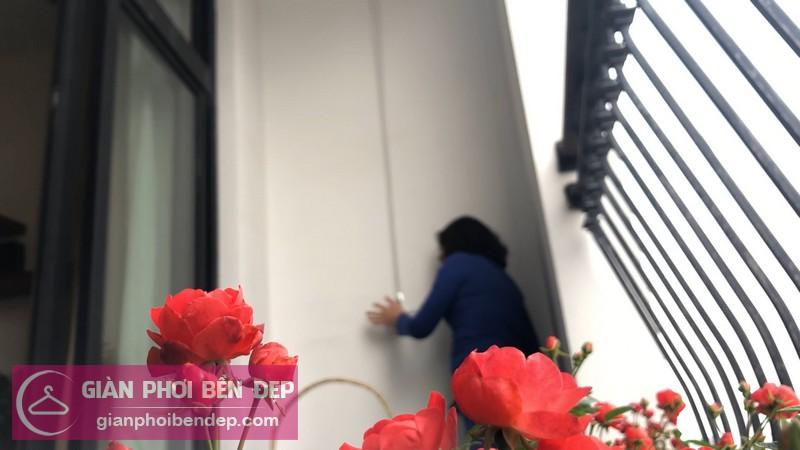 Lắp giàn phơi Thanh Xuân ở chung cư Royal City nhà cô Thoa