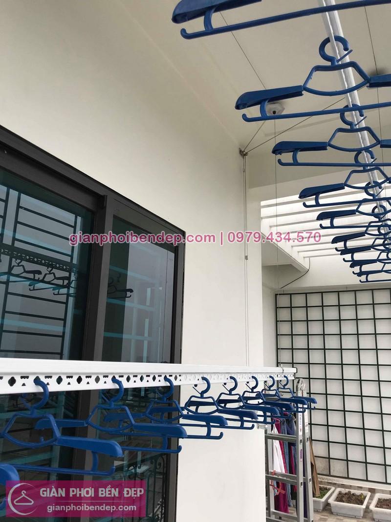 Lắp giàn phơi Long Biên nhà chị Nhung ở ngõ 68 Ngọc Thụy, Phúc Đồng