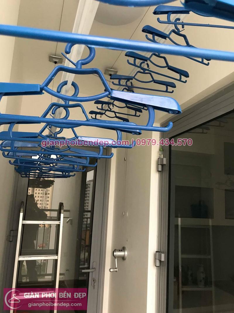 Lắp giàn phơi Hai Bà Trưng ở tòa Park 12 chung cư Park Hill nhà chị Hoa