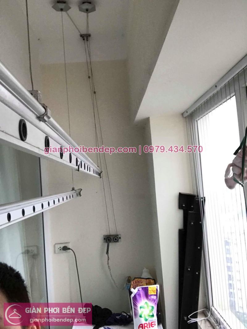 Hình ảnh thực tế của bộ giàn phơi quần áo thông minh nhà anh Linh