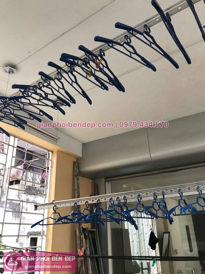 Lắp giàn phơi Đống Đa nhà cô Trúc ở ngõ 23 Phan Phù Tiên, Cát Linh